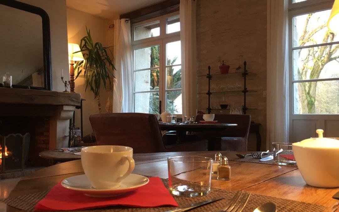Le Petit Déjeuner et La Restauration